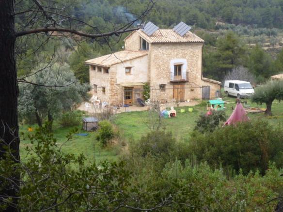 Restored farmhouse, solar panels, Aragon, Spain, for sale